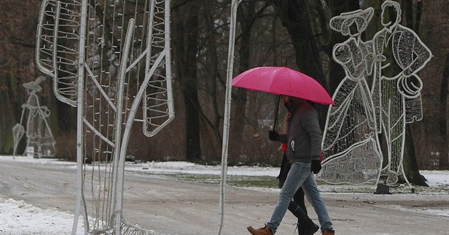 Wind, snow blocks airport, cuts power in northern Poland