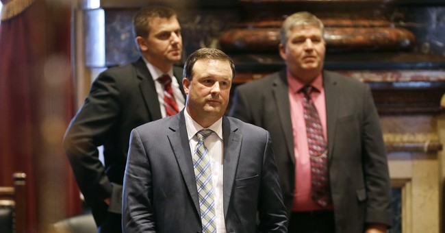 Known for political temperance, Iowa moves sharply right