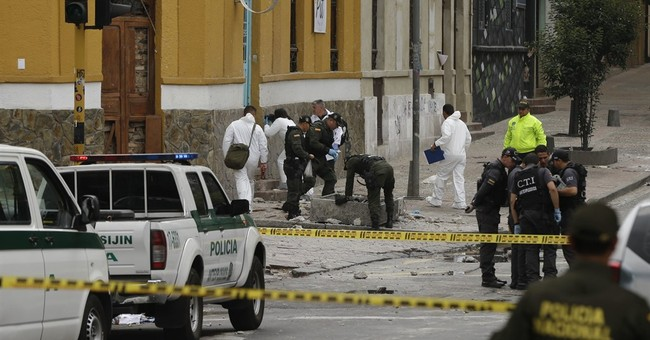 Bomb explodes by Colombia bull ring, injuring 26