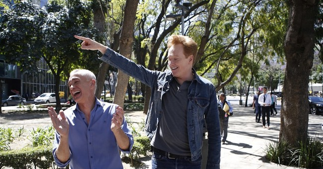 Hot sauce and hope for Conan O'Brien in Mexico