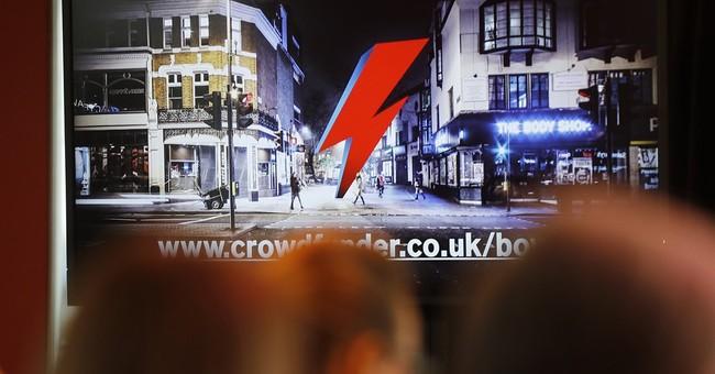 Artists seek $1.25 million for Bowie memorial in London