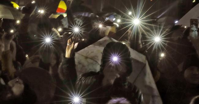 Romanian lawmakers scrap decree that eased graft penalties