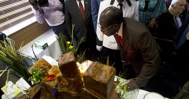 Zimbabwe's Mugabe praises Trump's 'America First' policy