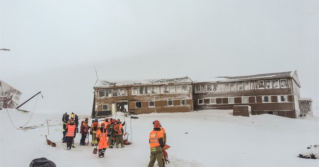 Avalanche in Arctic Norway tosses kids around, no injuries