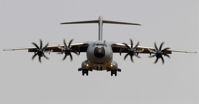 Airbus profit dives on problems with A400M military jet
