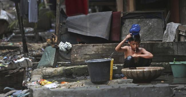 4 richest Indonesians wealthier than poorest 100 million
