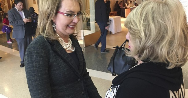 Giffords to lawmakers: 'Have some courage' and meet voters