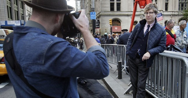 'Hipster Cop,' in fashion spotlight during Occupy, retires