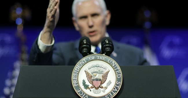 Pence tells Jewish group world will know US supports Israel