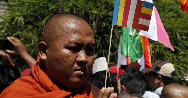 Myanmar nationalist monks protest Thai crackdown on sect
