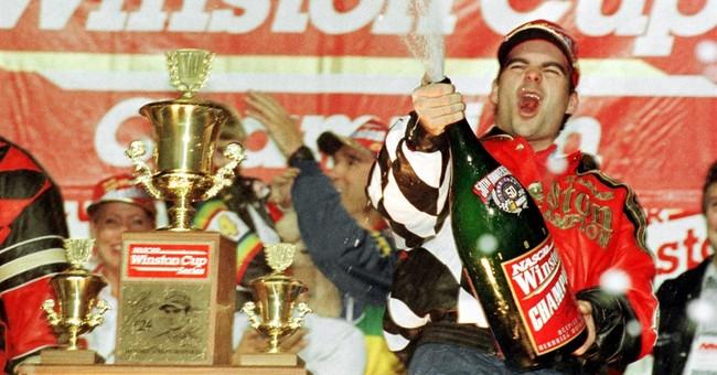 Retired NASCAR great Gordon to drive Daytona 500 pace car