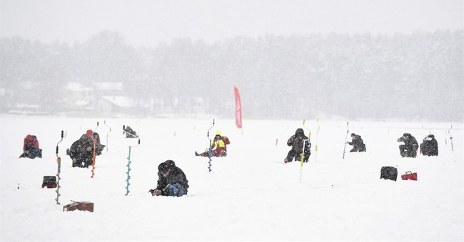 Russian world ice fishing champion, Ukraine team winner