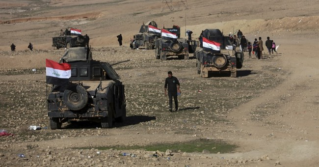 Iraq: Police Commandos recapture new neighborhood in Mosul