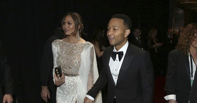 A peek at off-camera happenings at the Academy Awards
