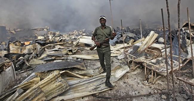 Fire sweeps through Mogadishu's main market killing 2 people