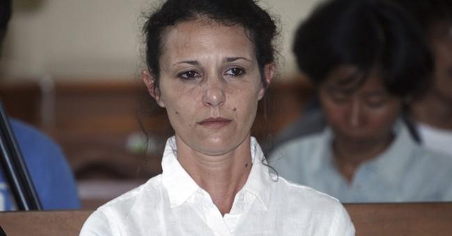 Australian woman apologizes over death of policeman on Bali