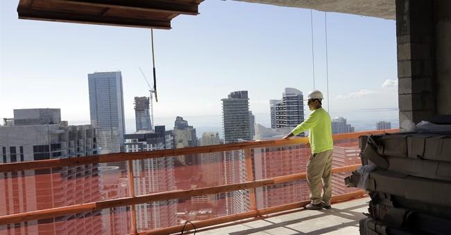 US economy grew at weak 1.9 percent rate in 4th quarter