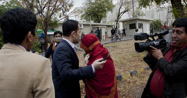 Pakistan judge presses probe in allegedly abused child case