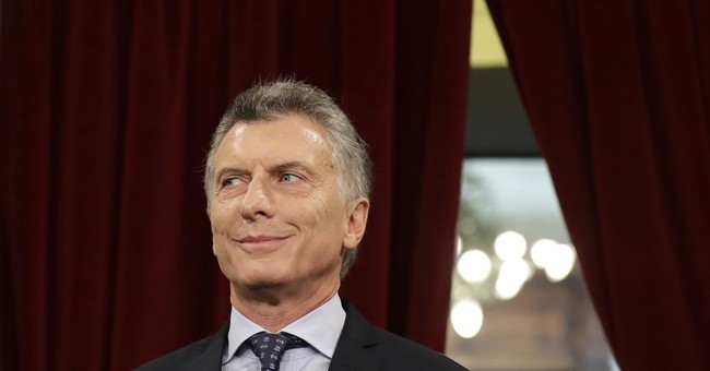 Argentine clean-up president Macri finds scandals of his own