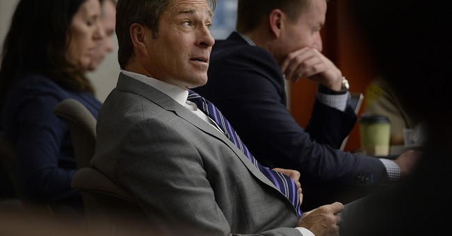 Jury weighs fate of ex-Utah attorney general in bribery plot