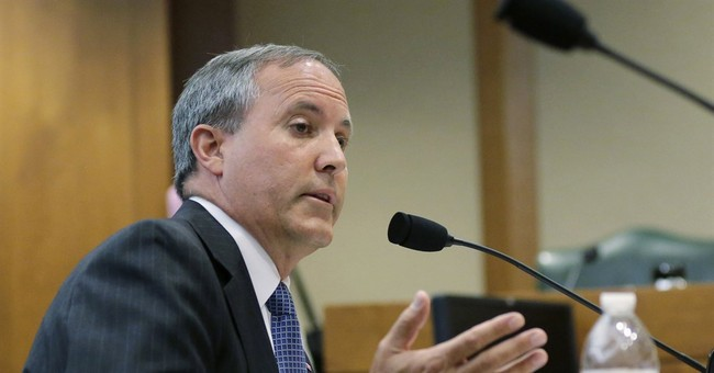 Federal judge tosses SEC suit against Texas attorney general