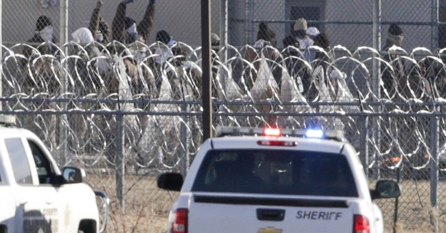 Disturbance leaves 2 inmates dead at Nebraska prison