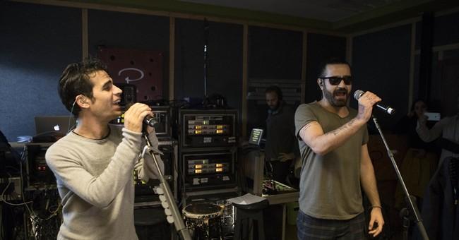 Israeli and Iranian musicians unite for Tel Aviv concert