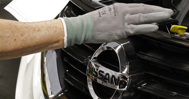 Nissan accused of wrongly blocking union activity at plant