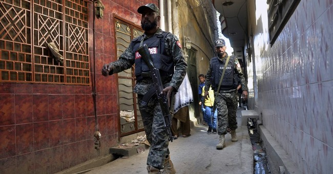 Hundreds of suspected militants detained in Pakistan sweep