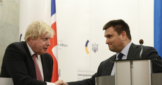UK foreign secretary to visit Russia with 'tough message'