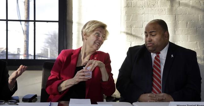 US Sen. Warren turns fundraising powerhouse for Democrats