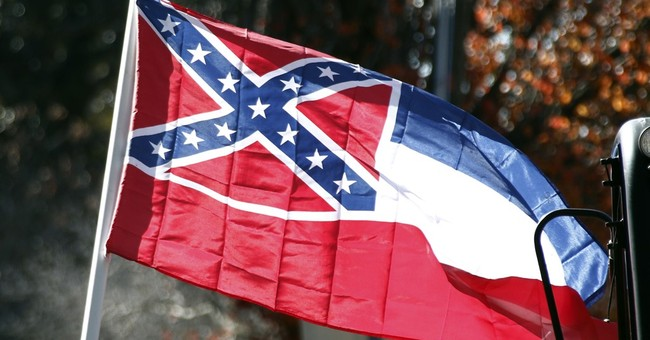 Confederate-themed Mississippi flag heading back to court
