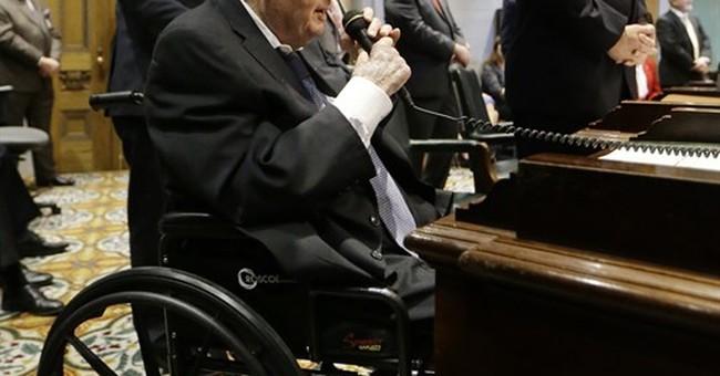 Former Sen. Douglas Henry, longest-serving lawmaker, dies