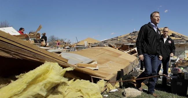 Hundreds of homes damaged in tornado-laden Midwest storm