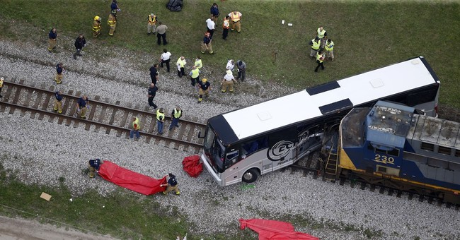 NTSB: Fatal railroad crossing not on tour bus route
