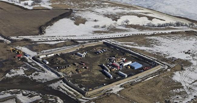 Dakota Access oil pipeline doesn't faze big rail shippers