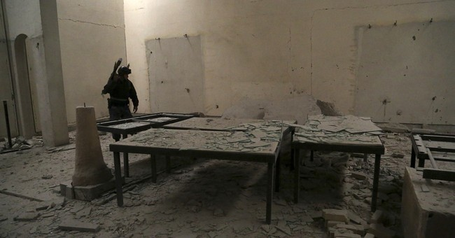 Rubble and ash in Mosul museum retaken from Islamic State