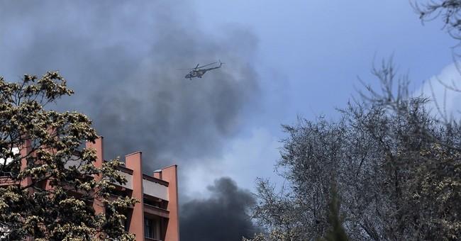 IS gunmen in white lab coats kill 30 in Kabul hospital