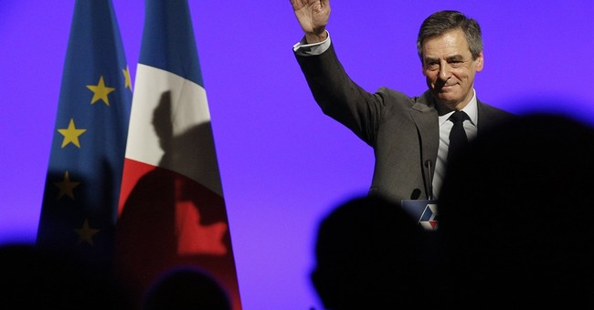Struggling French candidate Fillon appoints new team members