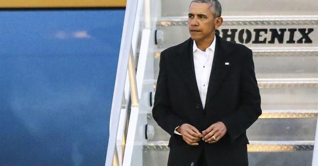 Obama attends Florida wedding of longtime aide, golf partner