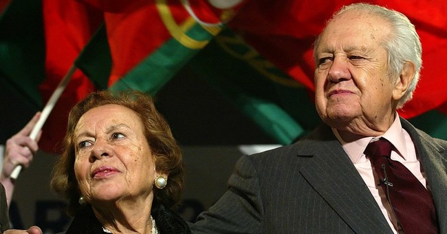 Mario Soares, Portugal's former president and PM, dies at 92