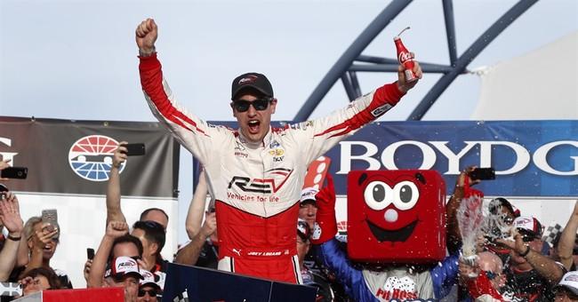 Logano pulls away from Larson, wins Las Vegas Xfinity race