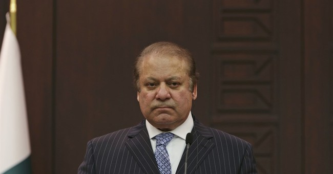 Pakistan PM seeks help from clerics in war against militants