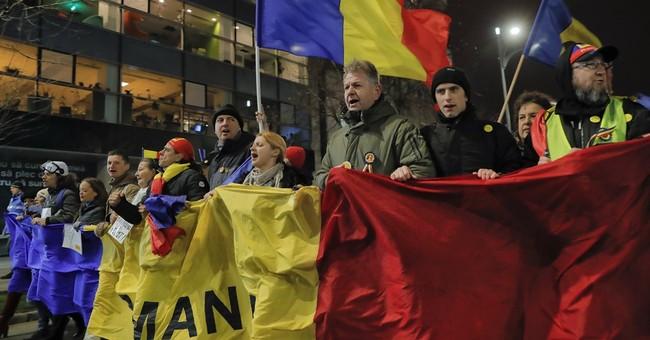 Romania: 2,000 march in support of anti-corruption fight