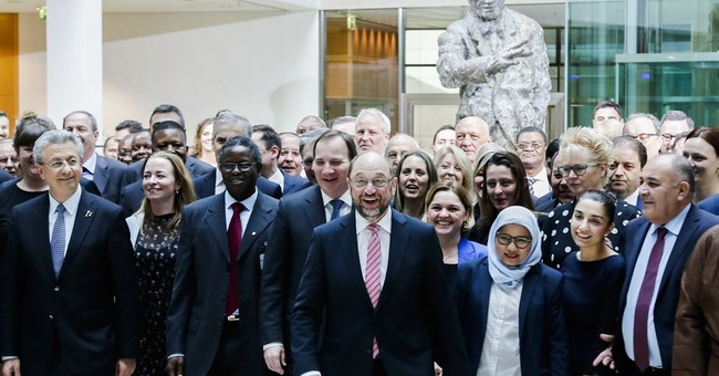 Social democrats meeting in Berlin to work against populism