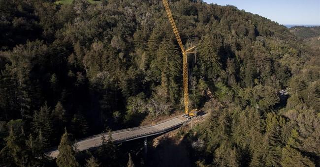 Demolition delayed on California's crumbling Big Sur bridge