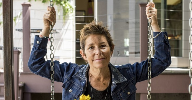 Amy Krouse Rosenthal, best-selling author, dead at age 51