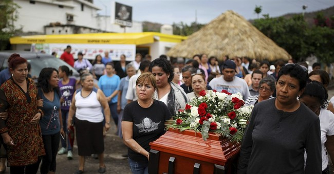 Mexican official: 250 skulls found in clandestine graves