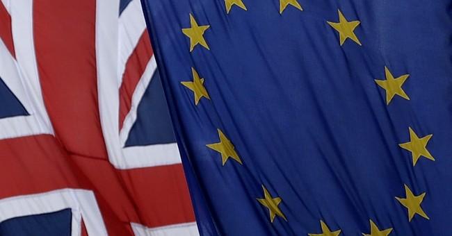 British PM, Scottish leader tussle over independence vote