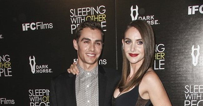Dave Franco and 'Mad Men' star Alison Brie get married